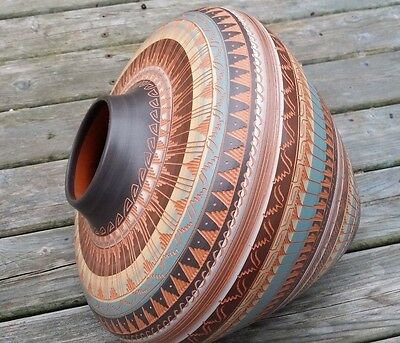 NATIVE AMERICAN ETCHED  POTTERY by J. WOODS -  LARGE AND BEAUTIFULLY DESIGNED