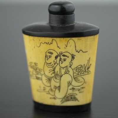 Handmade snuff bottle Chinese or Japanese motive great Antique style gift