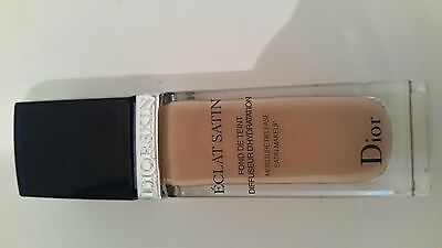 Christian Dior eclat satin foundation