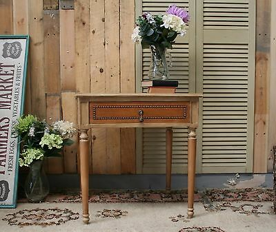 Beautiful Shabby Chic Cream and Oak French Style Lamp/Side Bedside Table sale