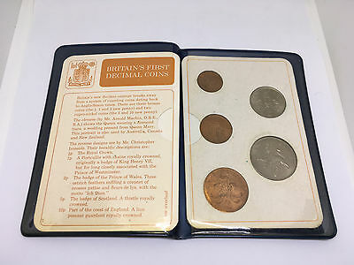 1968 Britain's first decimal coins in blue folder 1/2p to 10p coins