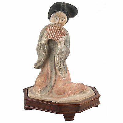 China 20. Jh. -A Chinese Terracotta Figure Of A Musician Scultura Cinese Chinois
