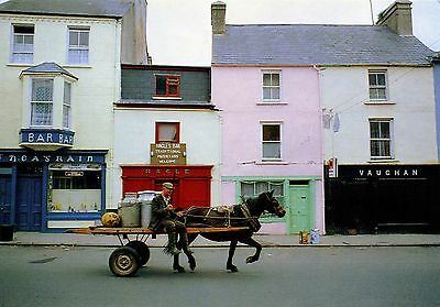 Co. Clare: On the way to the creamery - Ennistymon