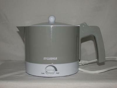 Sylvania Electric Hot Pot With Flip Lid For Hot Water