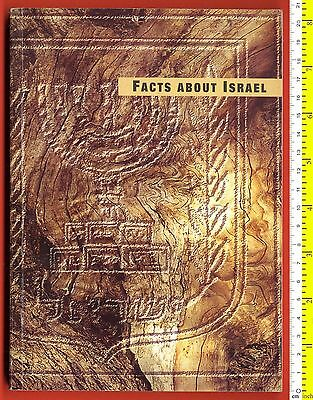 #4058 Israel 1999. Book – Facts about Israel. 104 pg