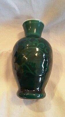 VINTAGE COLLECTIBLE Avon 1981 Jade Green SPRING BOUQUET FRAGRANCE VASE