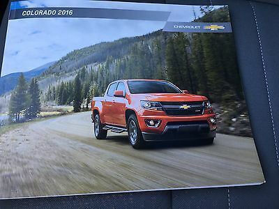 2016 Chevy Colorado 38-page Original Sales Brochure