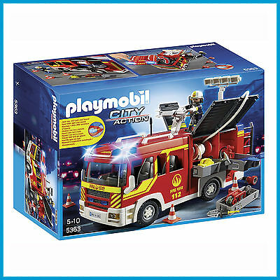 NEW PLAYMOBIL LIGHT & SOUND FIRE ENGINE TRUCK with FIREMAN 5363