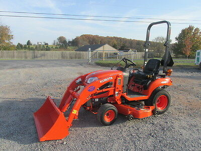 2015 Kubota BX1870 4X4 Hydro Compact Tractor w/ Loader!