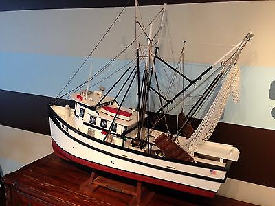 New Jersey Handmade Model Commercial Fishing Boat