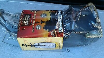 New PIRATES OF CARRIBEAN BLACK PEARL BUBBLE BATH W/FLOATING SHIP TOY