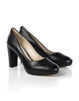 Clarks Women's Kendra Sienna Court Shoes - Black Leather