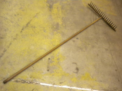 Antique wooden garden rake 20 tooth 6' NICE
