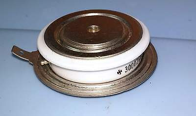 NOS 30002G0F 200V 250A Hockey Puck SCR Silicon Controlled Rectifier
