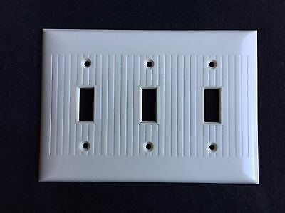 Vintage Sierra Electric Standard Size Bakelite Ivory Triple Switch Cover Plate