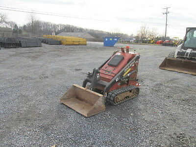 2006 Ditch Witch SK300 Tracked Stand on Skid Steer Loader!!