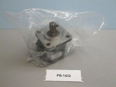 Concentric 050112 80VX2239 Hydraulic gear motor New Old Stock