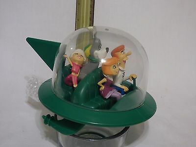 The Jetsons Spaceship Polar Lights Plastic Model Assembled With Figures