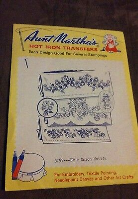 Aunt Martha's Hot Iron On Transfer 3759  Blue Onion sewing crafts