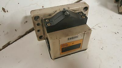 Omron Limit Switch, 2 Position, D4MB-241, 10A-250VAC, Used, Warranty