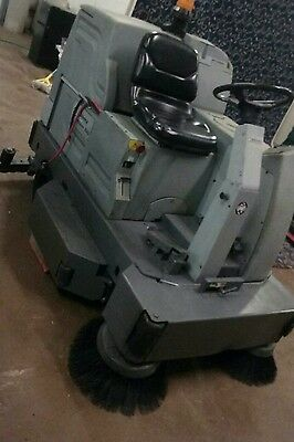 """Advance 40"""" ride on floor sweeper scrubber with FREE shipping"""