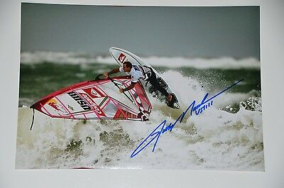 Robby Naish signed 20x30cm Windsurfing Foto , Autogramm / Autograph in Person .