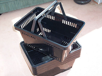 Pack of 5 Plastic Shopping Baskets Black