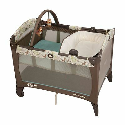 Graco Playard  Pack 'n Play Playard w Reversible Changer - Meadow Menagerie