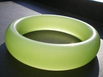 Precious Natural Imperial Jade Jadeite Bangle from Thailand  420 cts