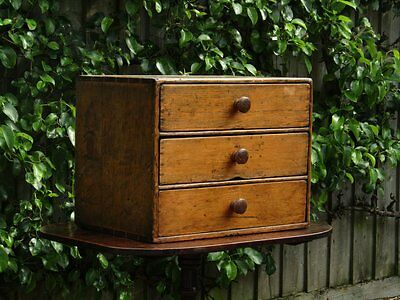 Small 19th Century pine chest with drawers