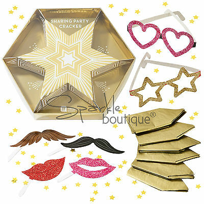 6 PERSON STAR-SHAPED CHRISTMAS/PARTY CRACKER-With Photo Booth Props +More Inside