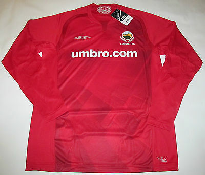 LINFIELD FC  Umbro 2009 Football Shirt - L - New
