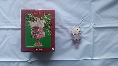 Carlton Cards Heirloom Collection Ornament Pretty Kitty