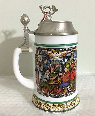 Vtg Lidded Beer Stein Musical Mug Milk Glass BMF Original Bierseidel Pub Scene