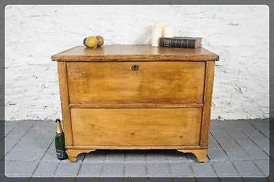 Large French Blanket Box / Trunk / Chest - Good Sized Storage - Side Table