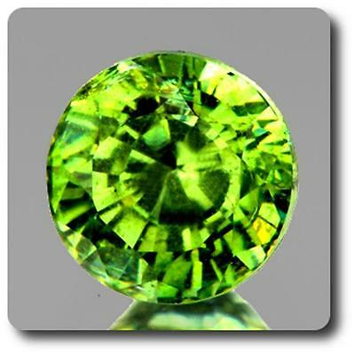 GARNET DEMANTOID . 0.46 cts. VVS Ural Mountains, Russia With Certificate