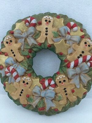 Ceramic Christmas Wreath Gingerbread Men Candy Canes Holly Berries Bows Glitter