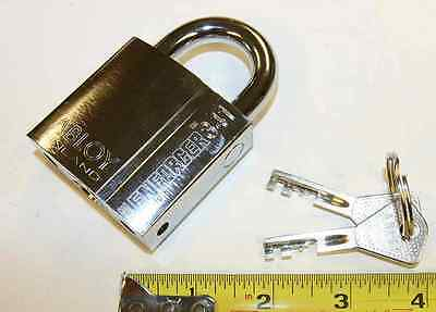"Abloy 341 padlock with 2 keys, made in Finland, 5/16"" Boron shackle"