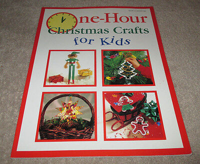 One-Hour Christmas Crafts for Kids (CS48)