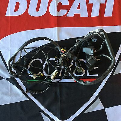 ducati 916 oem main wire harness forward fuse box battery relayducati 916 oem main wire harness rear ecu connection damaged insulation