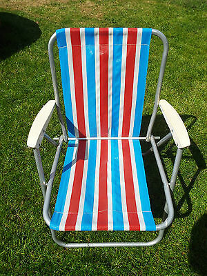 Retro Folding Garden Chair 80's Vintage Camping Picnic Red White Blue Striped