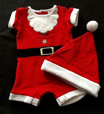Christmas Santa Baby Short Sleeve Romper And Hat Set - Brand New - 000 Or 00