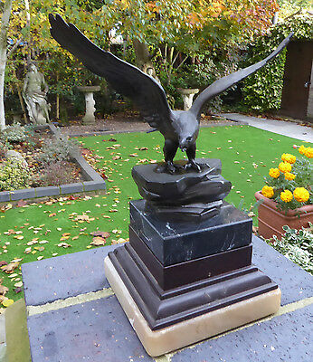 Bronze Cold Cast Eagle On Plinth Statue/sculpture
