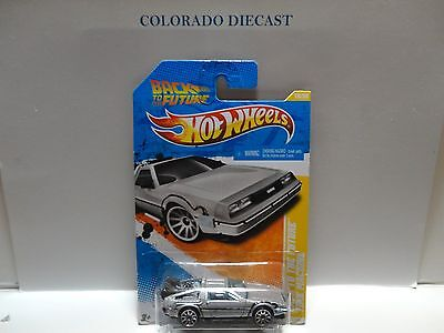 2011 Hot Wheels #18 Grey Back to the Future Time Machine w/10 Spoke Wheels