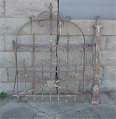 Antique Cincinnati Iron Fence Co.*6 Sections Of fence*One Gate*2 Fence Posts