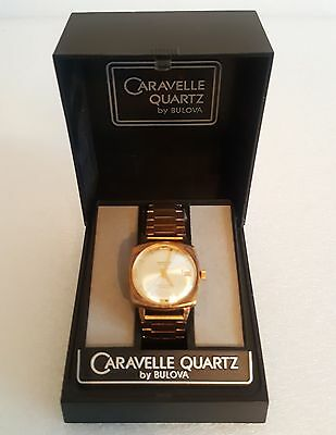 Vintage Caravelle (Bulova) Quartz 25 Jewels Men's Wristwatch In Box - Works
