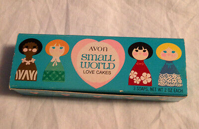 Avon VINTAGE Small World 3 Pink Heart Soaps