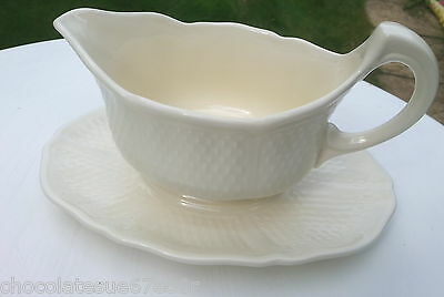 Gien Pottery Large Pont Aux Choux Gravy Sauce Boat & Stand Sauciere French Cream