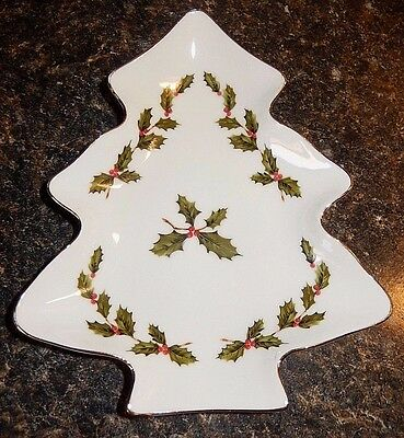 Lefton China 05246 Hand Painted Christmas Tree Candy Dish~Gold Rim~Free Shipping