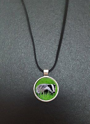 """Badger Pendant On a 18"""" Black Cord Necklace Ideal Birthday Gift N86"""